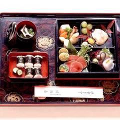 【日帰り】庭園に囲まれたお部屋で味わうお昼のお食事≪松花堂弁当≫