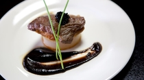 *【肉料理一例】料理人こだわりの一品をご堪能ください。