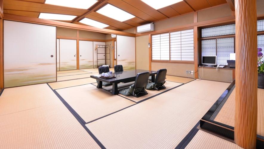 *【藤の間】木の温もりを感じる木造家屋の客室。無線LANもございます。