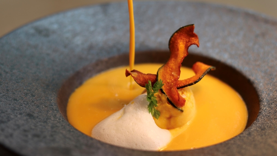 【ご夕食】自家菜園かぼちゃのスープ