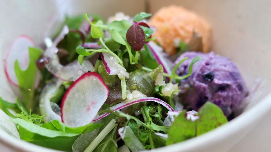 【モーニング】にんじんと黒豆のポテトサラダ