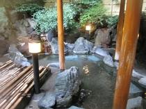 露天風呂 風情ある和の趣の中で温泉三昧