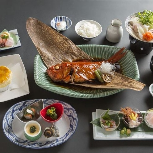 金目鯛を中心としたお料理一例