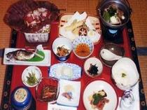3. 上州牛の朴葉焼も味わえる夕食の一例