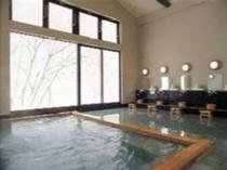 7. 贅沢な広さのお風呂は何度でも