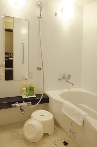 客室 浴室