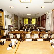 *食堂/気兼ねのいらない空間でお食事を。