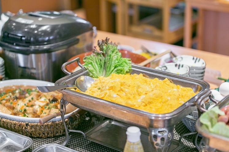朝食ブッフェは定番の洋食メニューも取り揃えております