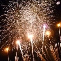 8月10日伊豆半島最大級花火大会