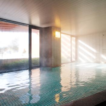 ホテルの温泉大浴場