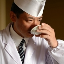 厳選した食材と、こだわりの会席をお召し上がりいただきます。和食料理長 正木