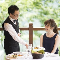 レストランご案内イメージ 真心を込めたサービスの提供を心がけております。