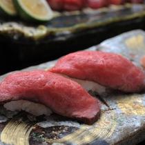 ◇◆牛づくし会席◆◇ ~先付 牛炙り寿司~