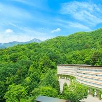 【ホテル外観~春~】