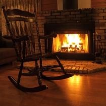 ■暖炉付きコテージ例■暖炉のゆらめき