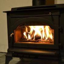 ■【新企画】自然の火の温もりを楽しむ薪ストーブコテージ♪■