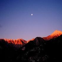 【北アルプス】 冬ならではの神秘的な北アルプスの風景