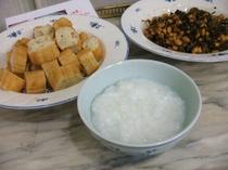 朝食朝粥中華トッピング