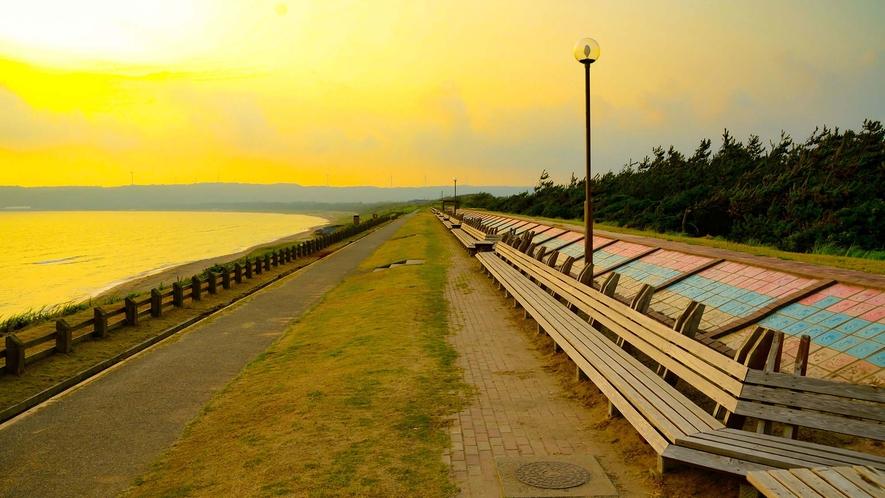 羽咋郡志賀町 世界一長いベンチ