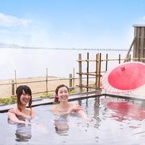 広大な柴山潟を一望出来る露天風呂