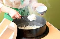 佐倉産コシヒカリお釜で炊いたごはんです