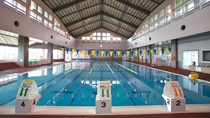スポーツ棟 屋内温水プール