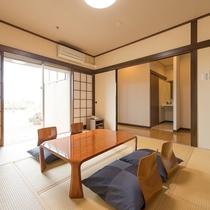 【本館】天然温泉付き和室 8畳