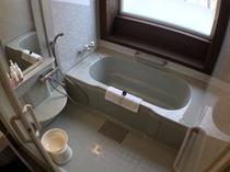 客室のバスルーム