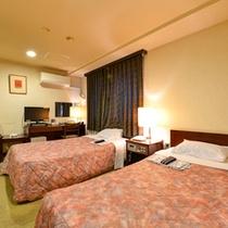 *ツイン(客室一例)/カップルやご夫婦でのご宿泊に人気!落ち着きのある客室で癒しのひと時を。