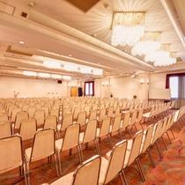 *会議室/会議、ご歓談、展示会など、様々なイベント事にご利用いただけます。