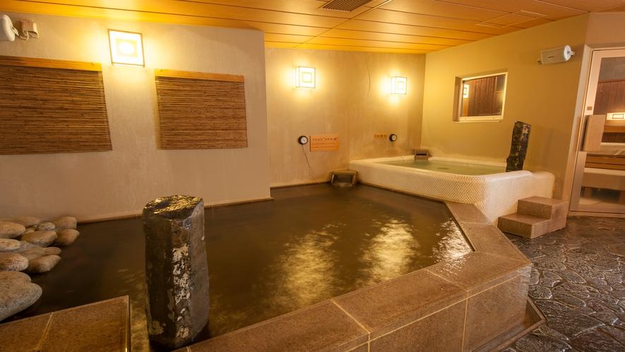 ■女性大浴場内湯 (湯温40~41℃)