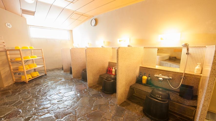 ■女性大浴場カラン(洗い場5つ)
