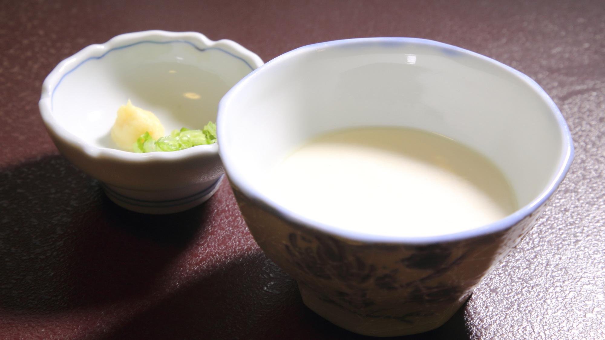*ご朝食:自家製の出来立てお豆腐をお楽しみいただけます