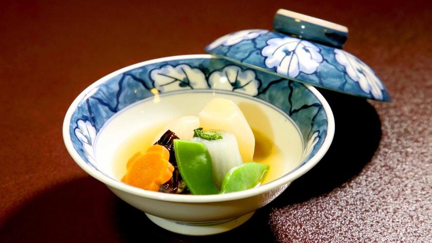 *お夕食/焚物一例 旬の信州野菜を用いた煮物は自慢の逸品