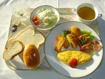 朝食例(洋食・オムレツ)