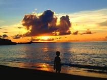 【周辺】夕焼けもきれいな長浜ビーチ