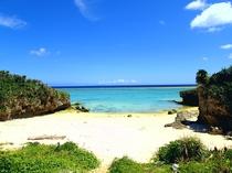 【周辺】徒歩1分の長浜ビーチです!ゆっくりとした一時をお過ごし下さい♪