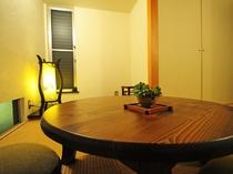 【琉球畳の和室(6畳)】落ち着いたモダンな和室の空間