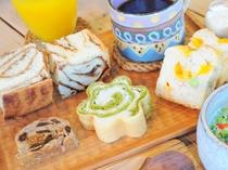 【ご朝食】ドリンクには、コーヒーorチャイ・マンゴージュースからお選び頂けます!