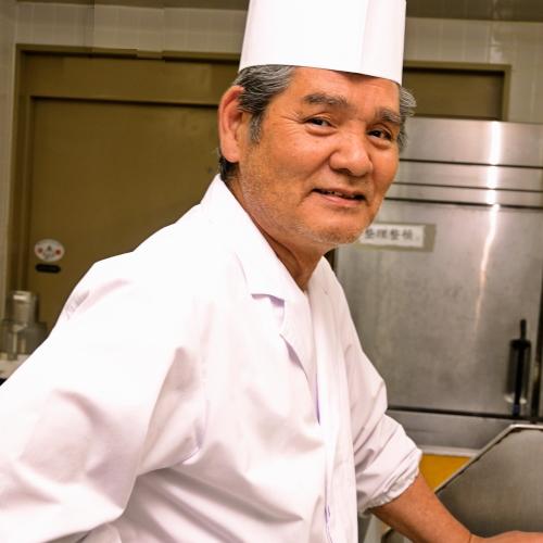 とにかく優しい石花海の料理長!お客様のご要望には可能な限りお応えします!