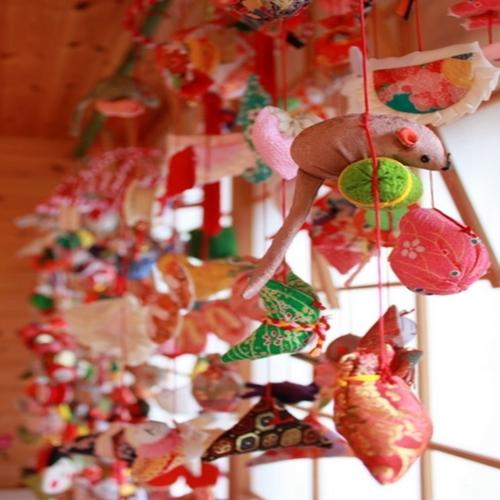 【1月下旬〜3月下旬】稲取伝統『雛のつるし飾りまつり』