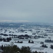*【当館からの景色(冬)】辺り一面は白銀の世界。