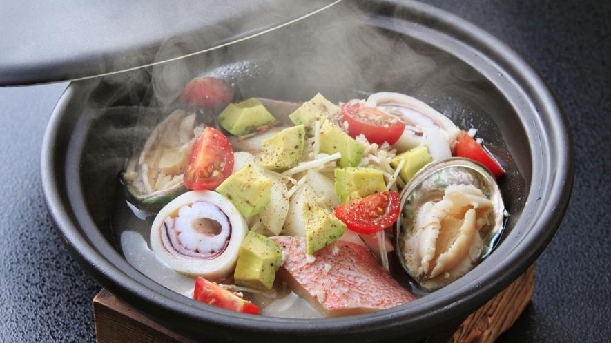【ご夕食一例】旬の海鮮と彩り野菜のアクアパッツァ/2018年夏 ※イメージ