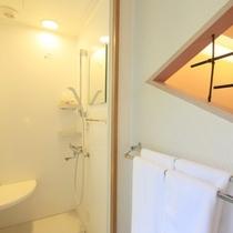 【客室一例】別館露天風呂付き客室(ツイン)…シャワーブースを備えた、新しいスタイルのお部屋です。