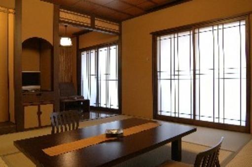 2階和室 仏の座 和室10畳+広縁 貸切風呂利用