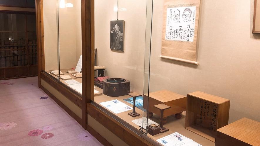 【ギャラリー】まるで美術館のよう…夏目漱石も愛した「菊屋」の歴史をお愉しみ下さい