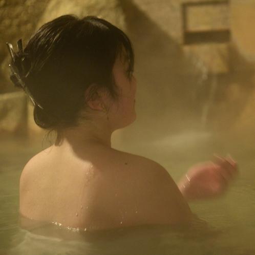 【温泉】肌への保湿効果があり、お風呂あがりはツルツルのお肌が実感できます♪