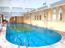 Swimming Pool プール