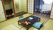 【標準和室】海一望の広縁+10畳和室+床の間+踏込3帖