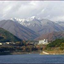 谷川岳冠雪